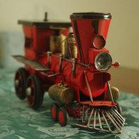 Retro home decorations showcase creative birthday gift tin steam locomotive model
