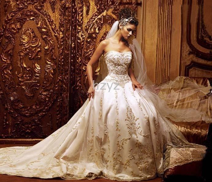 / Vestido de noiva sob medida NOVO sexy bordado perfeito longa cauda do vestido de casamento(China (Mainland))