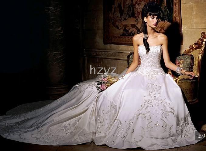 vestido feito sob medida 2-30 NOVO sexy bordado perfeito longa cauda do vestido de casamento / noiva(China (Mainland))