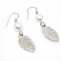 Free shipping ! Wholesale 2010 Pearl jewelry earrings ES4393