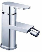 Free shipping Silvery white Bidet faucet Solid Brass Thicken Chrome Finish Clean Tap 00813 Promotions [5 years warranty]