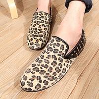2014 Wooden fish leopard print shoes rivet breathable men's shoes lazy casual shoes trend sailing boat