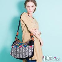MIYA National embroidery trend embroidered bag canvas bag single shoulder bag messenger bag casual bag