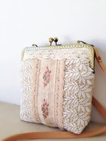 Fluid small fresh exquisite embroidery water soluble lace cross-body small handmade cloth