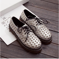 New Fashion Full Rivet l Silver/Black Platform Martin Shoes Woman Low Lacing Up Oxfords For Women Punk Cow Muscle Flat Shoes