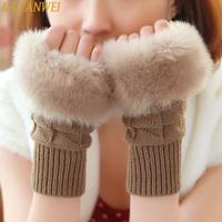 2014 winter must play computer games! Cute Korean lady gloves arm wool half gloves