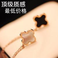Four leaf clover necklace trend Women 14k rose gold titanium chain colnmnaris