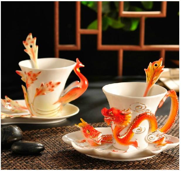 Grátis frete esmalte da porcelana canecas pavão xícara de café jogo de chá xícara de moda fashion cerâmico colorido desenho definido criativo xícara de chá(China (Mainland))