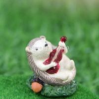 roogo zakka carton resin mini guitarist hedgehog animals figurine for micro landscape decoration