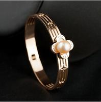 Gurantee 100% 316L Titanium Steel Brand freshwater pearl famous open bracelets brand friendship for women