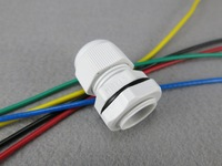 UL Approved , IP68 Protection Grade , RAL7035 Grey M18 x 1.5 Nylon Cable Glands For 5-10mm