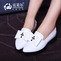 low-heeled European and American fashion shoes women shoes with thick leather shoes England bow deep mouth shoes