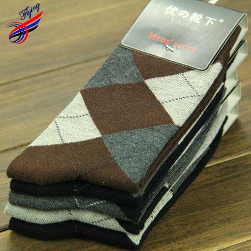 FLYING Fashion Winter Design Men's Socks Warm,Big Argyle Printed Full Cotton Elasticity Sock Dress For Business Men,thermal Sock(China (Mainland))