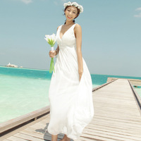 White beach dress sexy V-neck one-piece dress Holiday clothing The honeymoon