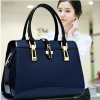 2014 new wave of middle-aged ladies handbags fashion bags in Europe and America crocodile pattern light leather ladies bag X