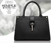 Women's bag 2015 Fashion women handbag High Quality Genuine Leather In good taste Plaid embossed Shoulder bag for women