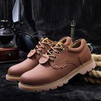 2014 Men Boots Two Colors Retro Combat boots Genuine Leather Winter fashionable Riding boots Men's short Black shoes