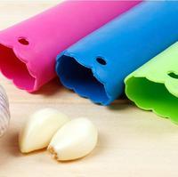 2PCS\Lot color random Garlic peeling garlic stripper creative kitchen tools KI0029