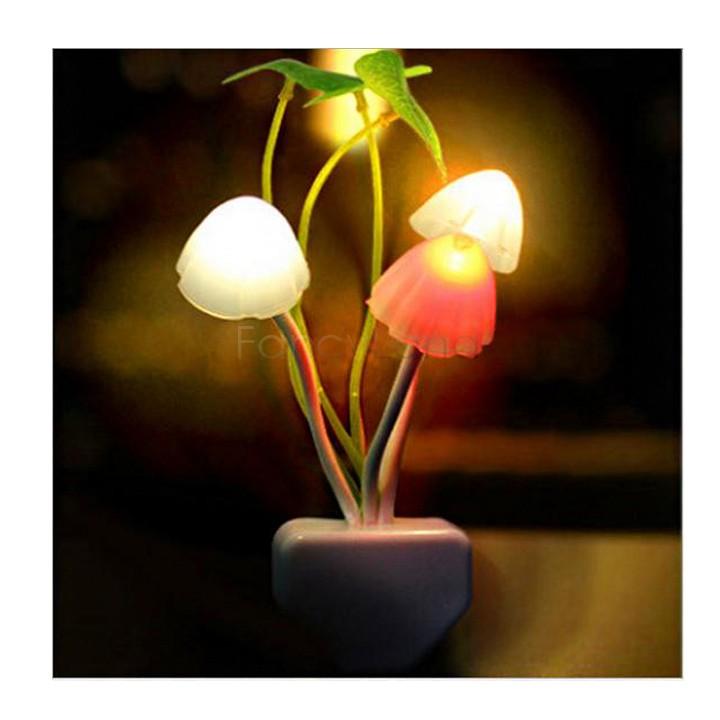 New Colorful 220V US Plug Mushroom Lamp Wall NightLight Dream Night Led Night Lights Energy Saving Light Home Illumination SV02(China (Mainland))