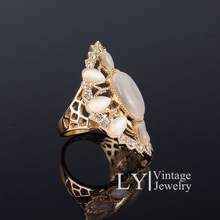 Gorgeous Big Ring Opal Hollow Out Drill point Snow Of Love Gold plated And Sterling Silver