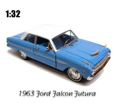 1:32 RARE vintage Ford car model Ford falcon 1963 FORD futura model car(China (Mainland))
