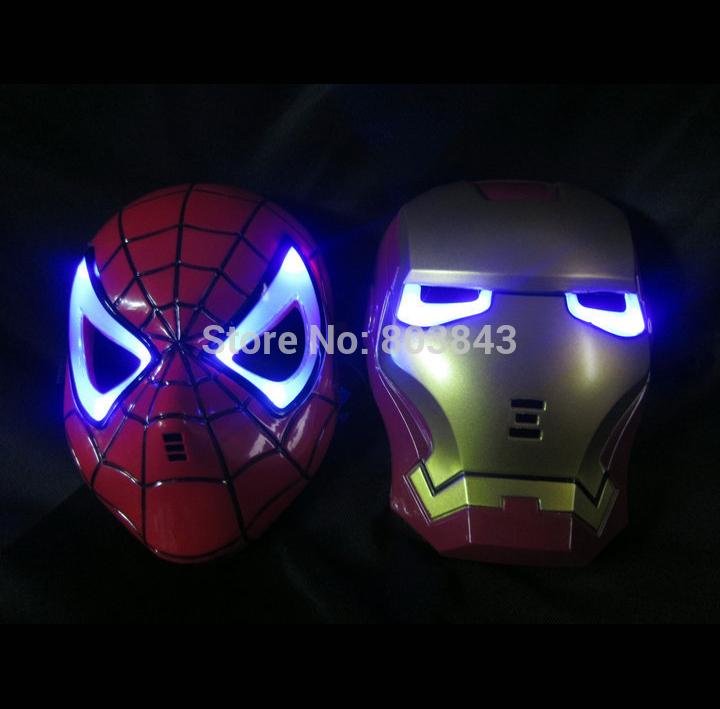 Com bateria LED Glowing luz Iron Man Spider Man super herói máscara de caráter para adultos dos miúdos Halloween Party aniversário(China (Mainland))