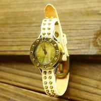 Hot Sale Famous Brand Women Vintage Designer Wristwatch Genuine Leather Wristband Rivets Women Clock Free Shipping Sr039