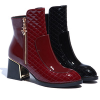 252 Autumn in Europe and the United States new leather shoes head rough with the ladies boots  trade Martin boots 35-39