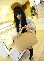 2014 new ladies handbag European and American big fashion trend crocodile pattern embossed shoulder bag wholesale