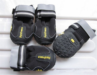 Popular new design pet shoes outdoor sport shoes protect not to hurt fashion dogs shoes