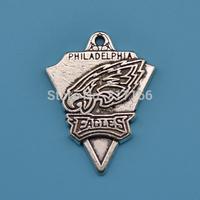 Antique silver single-sided 100pcs sport Philadelphia Eagles logo pendants charms