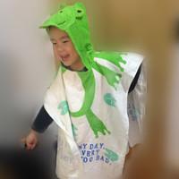 2014 fashon 10 Designs Hooded Animal modeling children Bathrobe Character kids bath robe/infant bath towels