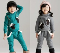 Free shipping 2014 winter Thickened fleece embroidery gloves design boy girl hoody with Haren pants kids warm sport suit
