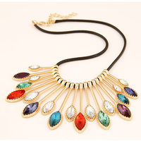 2014 Promotion New Pendant Necklace Collares Collar Fashion Metal Peacock Wings Droplets Short Necklace Women Jewelry Choker