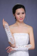 sexy schöne Braut abnehmen spitzenhandschuhe funkelnder diamant brautkleid sexy transparent lang Projekt bezieht sich auf lucy handschuhe(China (Mainland))