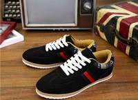 The new youth fall trend of men's canvas shoes breathable sport shoes Korean to the British leisure shoes