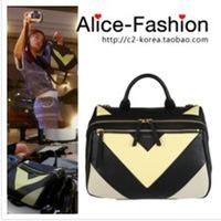 Hot selling 3000pices ! famous brand handbag  stars models messenger Bag white and black leather shoulder bag