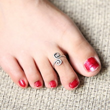 5pcs lot Hot Women Lady Unique Retro Silver Plated Nice Toe Ring Foot Beach Jewelry Celebrity