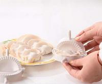 Home plastic Dough Press Dumpling Pie Ravioli Making Mold Mould Maker Tool 4Pcs