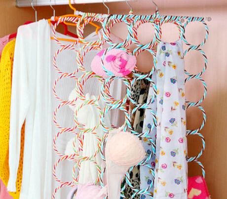T&H 1pc 9 circles metal magic hangers for clothes towel belt hanger foldble fold decorative hang hook rack cabide para roupa(China (Mainland))