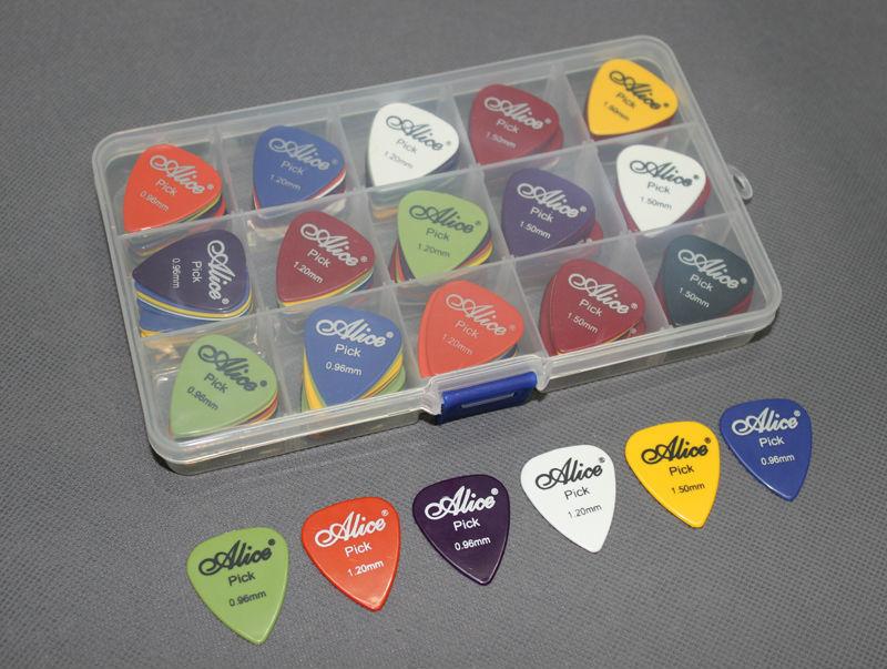 100pcs Bass Rock Heavy Metal Guitar Picks Plectrum Assorted Thickness 0.96/1.2/1.5mm + Pick Case(China (Mainland))