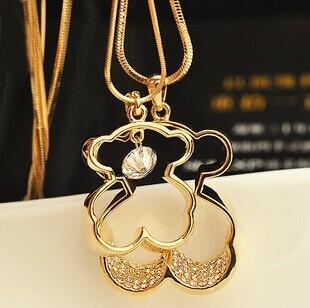 Новый 2014 женщины несут полые ожерелье двойные цепи кристалл медвежонок ожерелья с подвеской для женщин свитер цепи