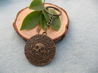 Wholesale---vintage bronze Pirates of the Caribbean Coin keychain-Cursed Pirate Doubloon key ring antique jewelry steampunk gift