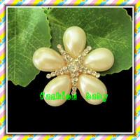 wholesale fashion flower shape rhinestone and pearl brooch