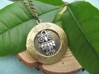 Wholesale ~SALE - ancient brass lovely owl Locket Necklace Victorian Jewelry Gift Vintage Style can open