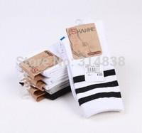 The new men's cotton tube socks in autumn and winter cotton men's socks striped socks free shipping