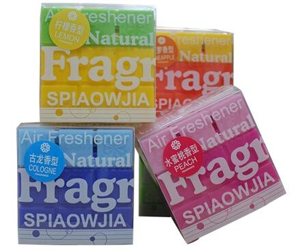 Creative Deodorization Car Perfume Air Frenshener For Man And Women, Cologne Fruit smells(China (Mainland))