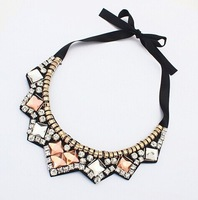 2014 new European and American fashion boutique extravagant crystal mosaic Acryl fake collar necklace  A485