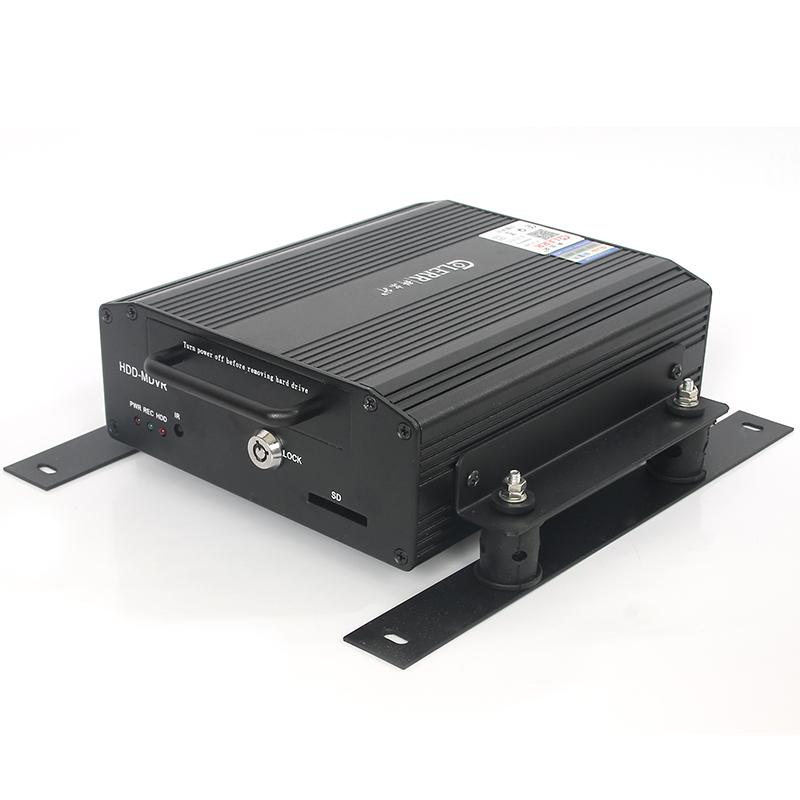 Kolsson D1 HD vehicle hard disk video recorder 4 road bus bus bus truck monitoring system(China (Mainland))