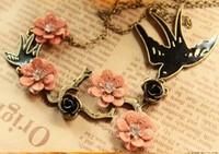 2014 New gifts wholesale Elegant Rhinestone Rose Flower Bird Swallow Fashion Necklace Hot Jewelry, Free shipping